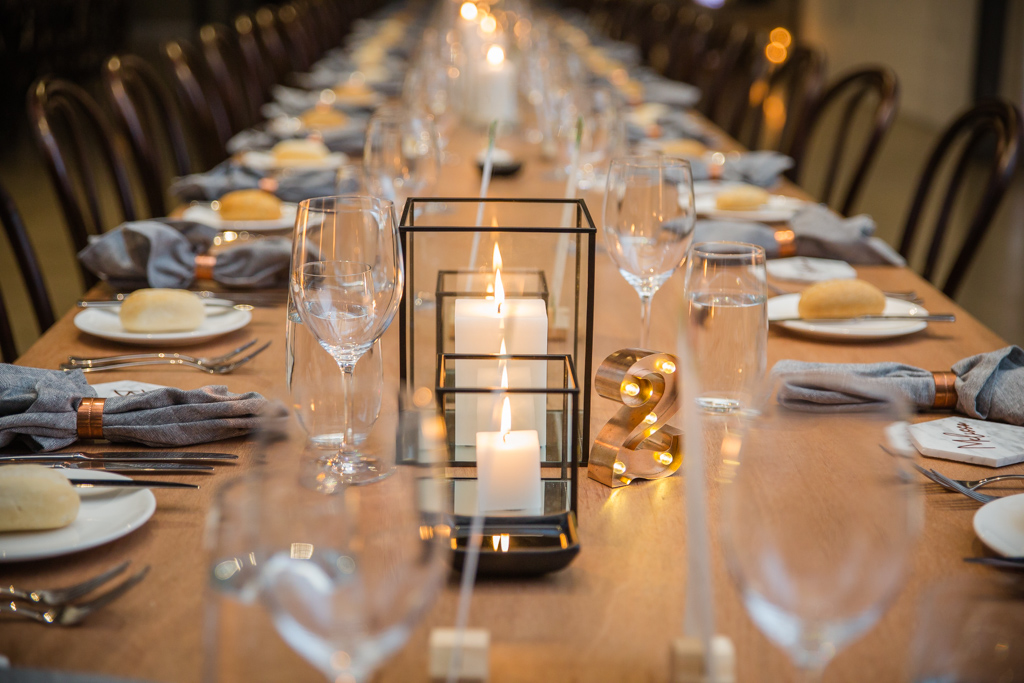 Two ton max wedding venue melbourne table setting